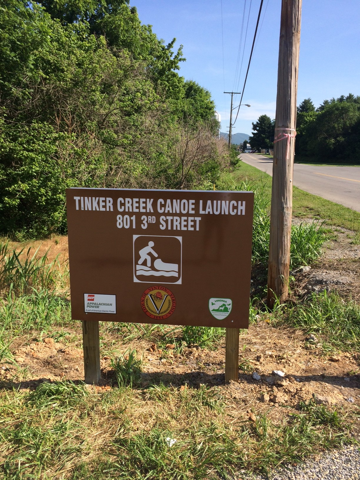 Tinker Creek Canoe Launch Sign