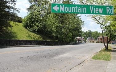 Mountain View Road