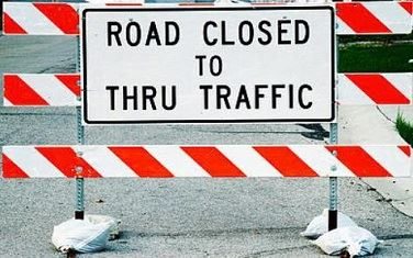 Image of a Road Closed to Thru Traffic Sign