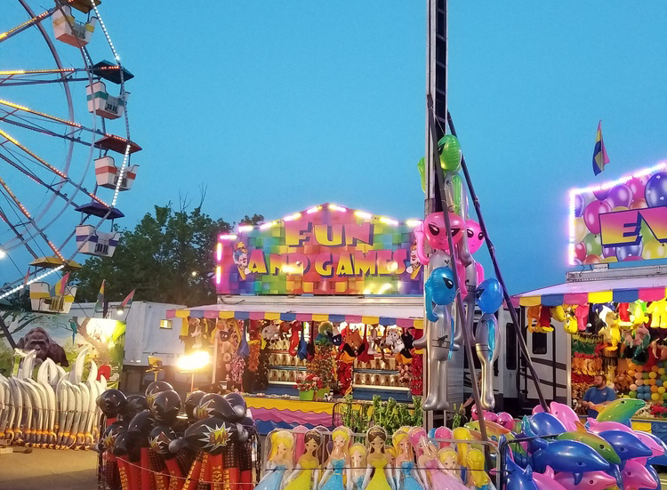 Cole Carnival ride and games